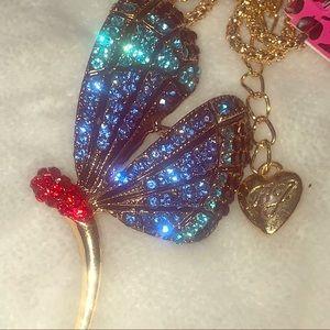 Betsy Johnson Swarovski Crystal 🦋 pendant brooch